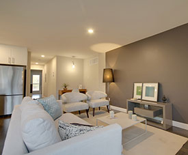 Exemple de salon d'un condo dans le projet Pointe-Est, à Pointe-aux-Trembles.