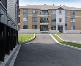 Condo avec garage intérieur dans le projet Pointe-Est, à Pointe-aux-Trembles.